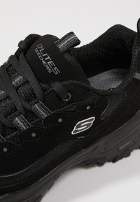 Skechers Sport - D'LITES - Sneaker low - black - 5