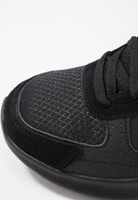 Skechers Sport - BOUNDER - Sneaker low - black - 5