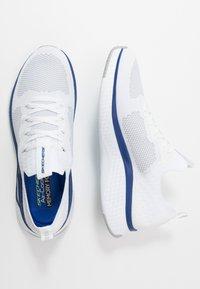 Skechers Sport - SOLAR FUSE - Zapatillas - white/blue - 1