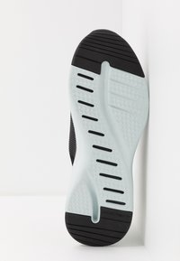 Skechers Sport - SOLAR FUSE - Sneaker low - black - 4