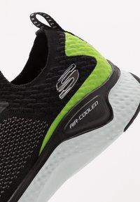 Skechers Sport - SOLAR FUSE - Sneaker low - black - 5