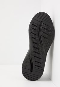 Skechers Sport - SOLAR FUSE - Trainers - black - 4