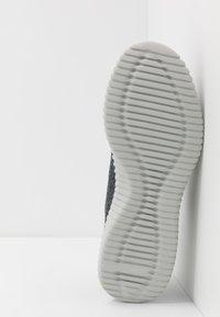 Skechers Sport - ELITE FLEX - Slipper - charcoal - 4