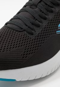 Skechers Sport - SKECH-AIR STRATUS MAGLEV - Joggesko - black/blue - 5