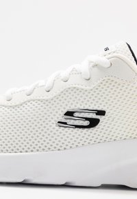 Skechers Sport - DYNAMIGHT 2.0 - Sneakers laag - white - 5