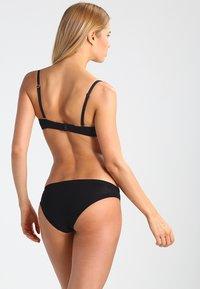 Skiny - Kalhotky/slipy - black - 2