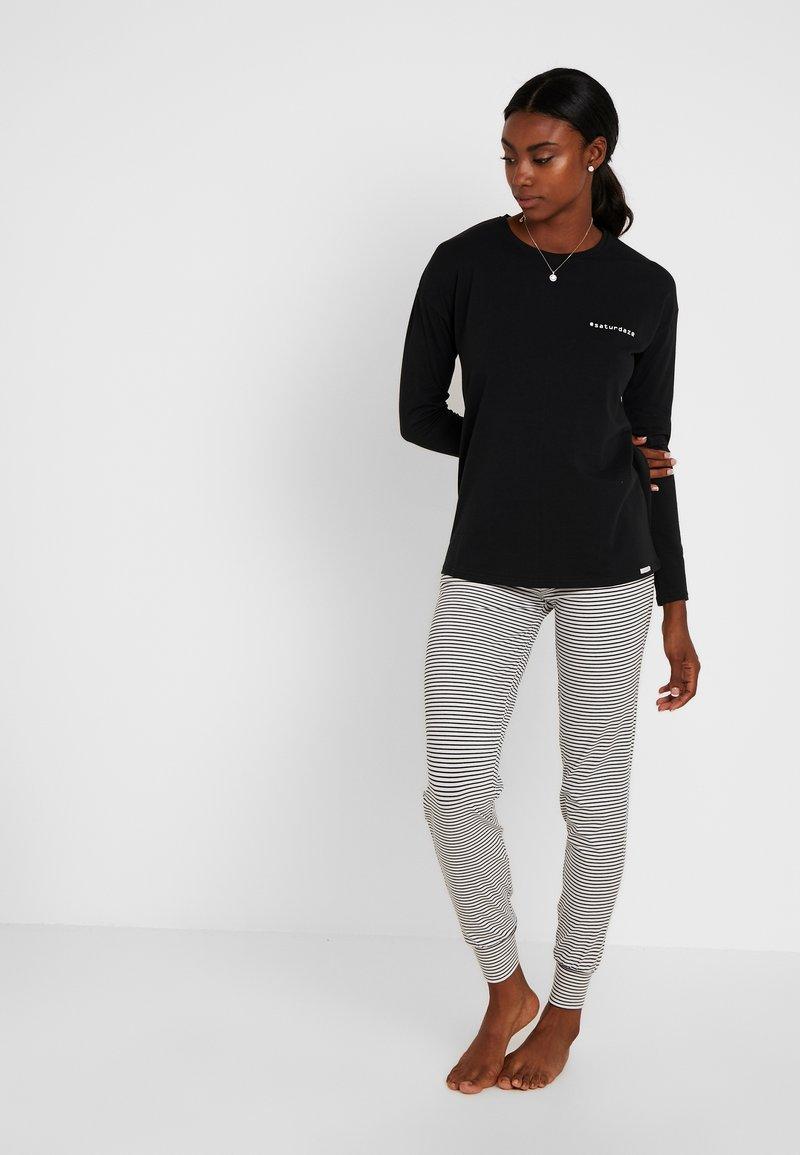 Skiny - EMPOWERED SLEEP LANG SET - Pyjamaser - black