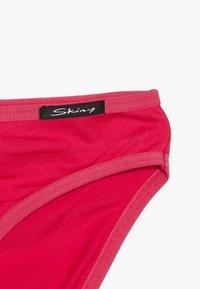 Skiny - ESSENTIALS GIRLS RIO 2 PACK - Kalhotky/slipy - rose red - 3