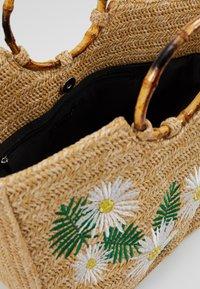 Skinnydip - KAIA - Handbag - beige - 4