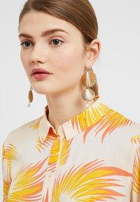 Skinnydip - Earrings - gold-coloured - 1