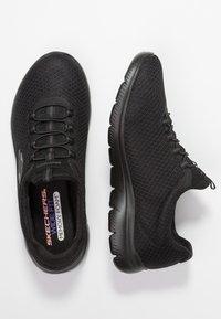 Skechers Wide Fit - SUMMITS - Sneakers laag - black - 3