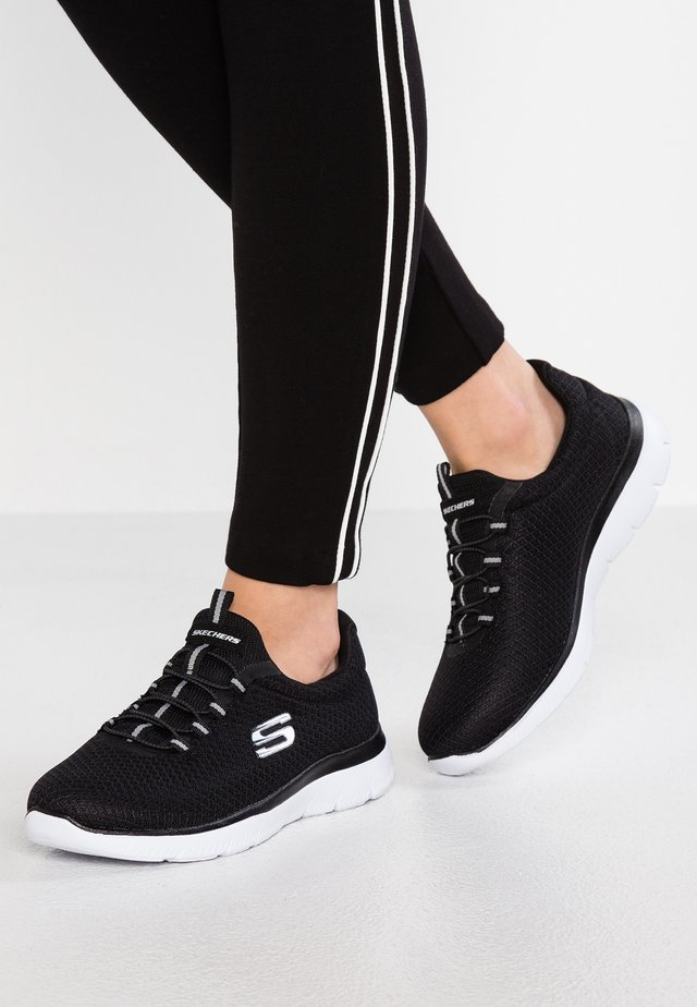 SUMMITS - Sneakers laag - black/white