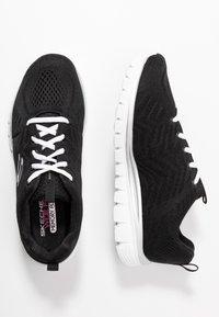 Skechers Wide Fit - GRACEFUL WIDE FIT - Sneakers laag - black/white - 3