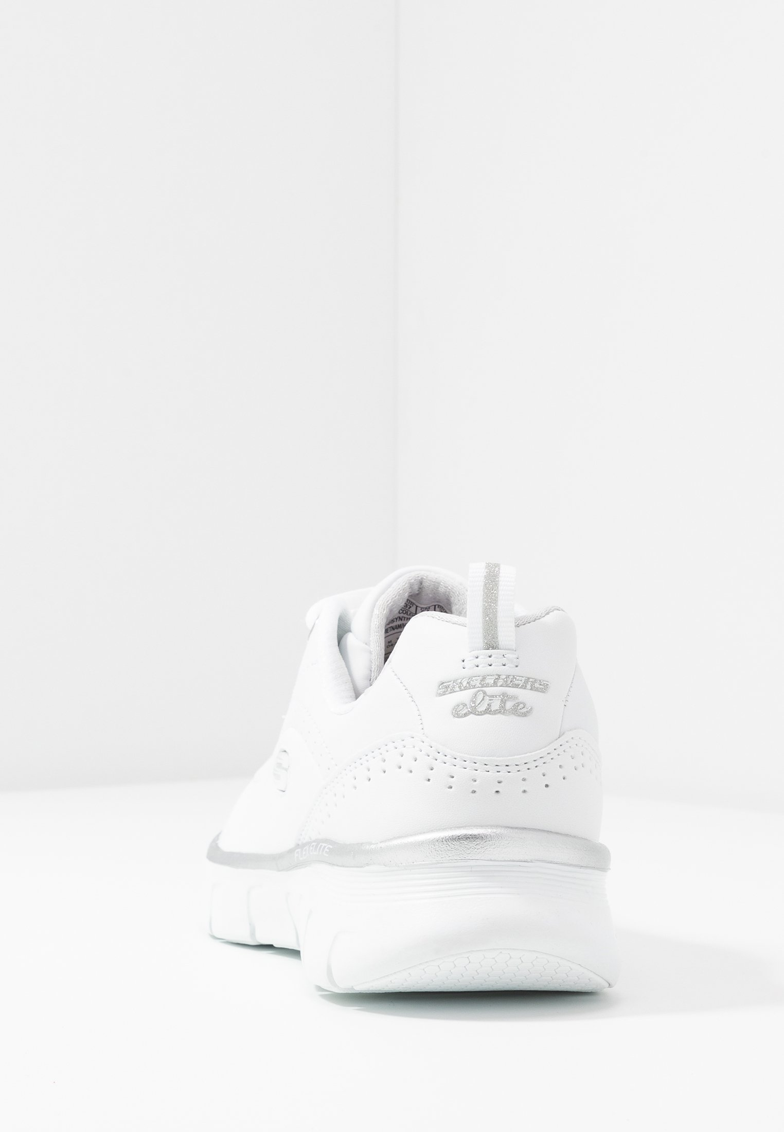 Skechers Wide Fit SYNERGY - Baskets basses - white