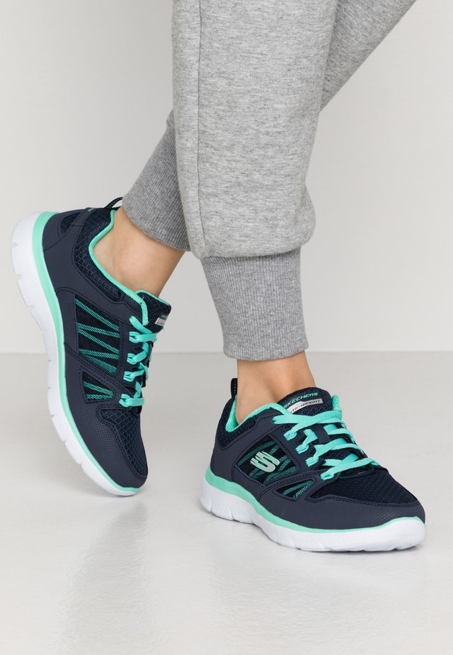 SUMMITS WIDE FIT - Sneaker low - navy/turquoise