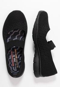 Skechers Wide Fit - SEAGER - Ankle strap ballet pumps - black - 3