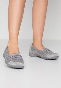 Skechers Wide Fit - SYNERGY 3.0 - Sneakers laag - grey - 0