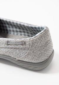 Skechers Wide Fit - SYNERGY 3.0 - Sneakers laag - grey - 2