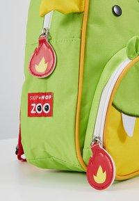 Skip Hop - ZOO BACKPACK DRAGON - Reppu - green - 2
