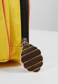 Skip Hop - ZOO BACKPACK BEE - Reppu - yellow - 2