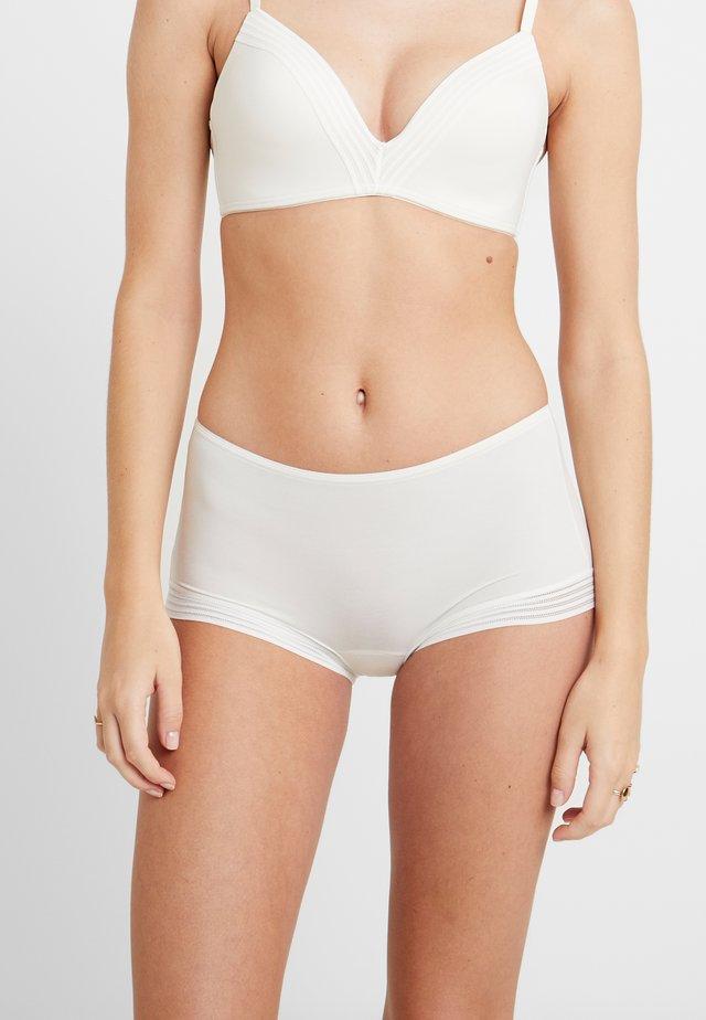WOW EMBRACE - Pants - white
