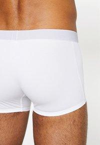 Sloggi - SLOGGI EVER FRESH HIPSTER - Panty - white - 2
