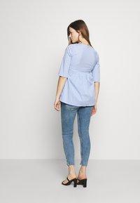 Slacks & Co. - CAIRO - Blouse - blue/white - 2