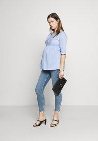 Slacks & Co. - CAIRO - Blouse - blue/white - 1