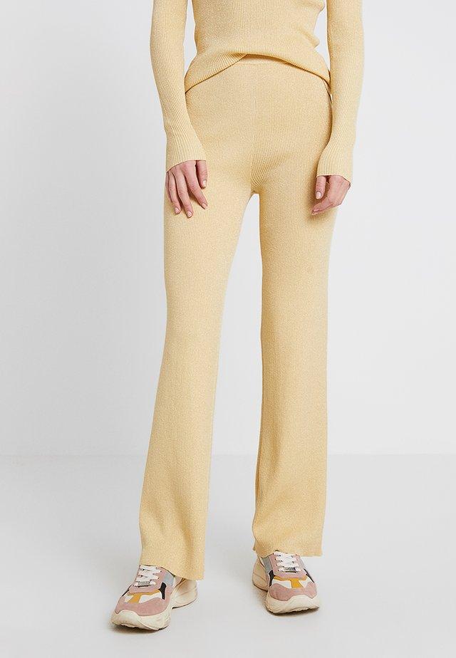 Spodnie materiałowe - golden haze