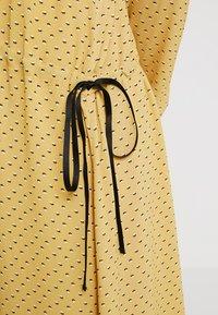 Storm & Marie - AILEEN - Długa sukienka - yellow - 4