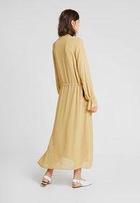 Storm & Marie - AILEEN - Długa sukienka - yellow - 2