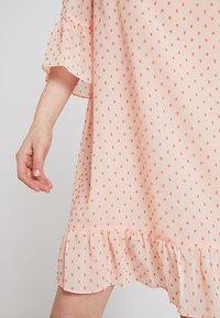 Storm & Marie - SHADY - Sukienka letnia - peach melba - 4