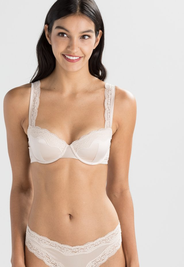 CLARA WHISPERING - Balconette bra - light rose
