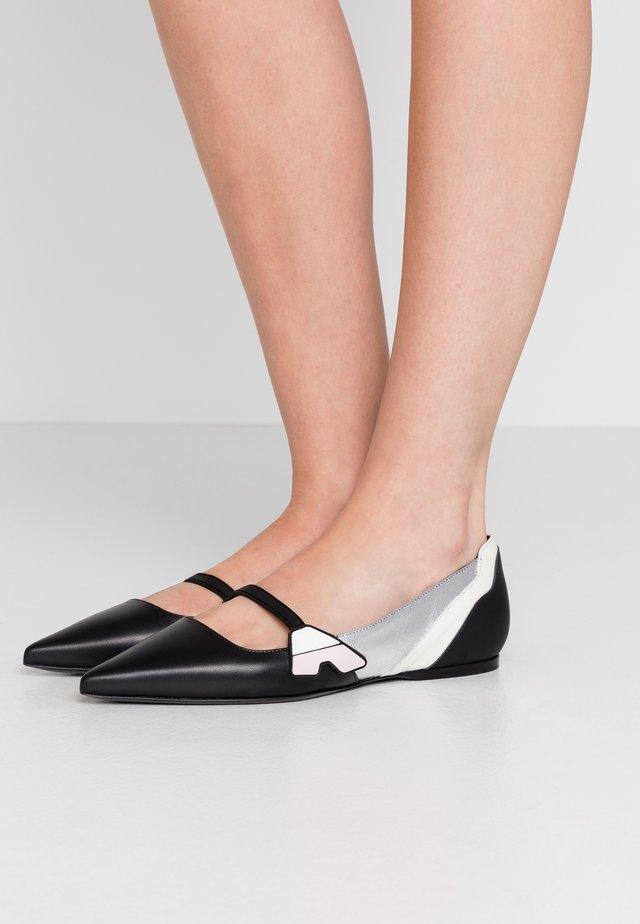 FASE - Ankle strap ballet pumps - nero