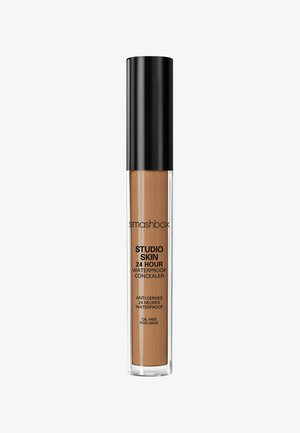 STUDIO SKIN FLAWLESS 24 HOUR CONCEALER 8ML - Concealer - 7b4526- dark warm golden