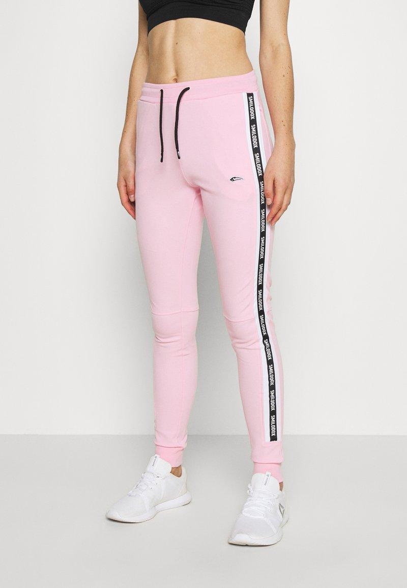 Smilodox - DAMEN - Teplákové kalhoty - rosa