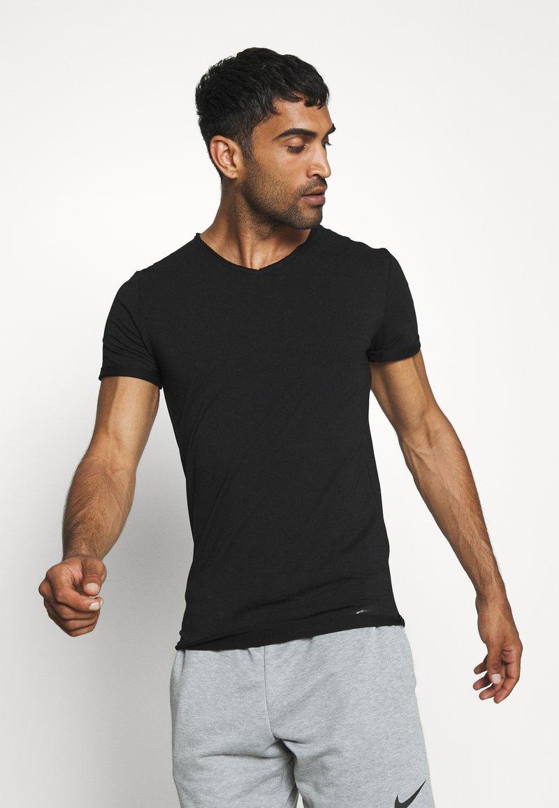 Smilodox - WEAVY SLIM FIT - Jednoduché triko - black