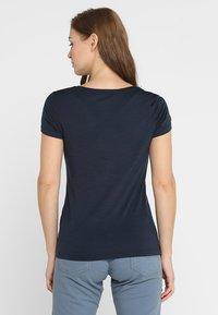 super.natural - BASE TEE - Print T-shirt - navy blazer - 2