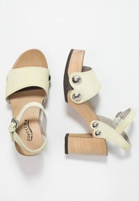 Softclox - EILYN - Clogs - pastell gelb - 3