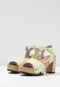 Softclox - EILYN - Clogs - pastell gelb - 4