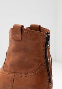 Softclox - INKEN - Platform ankle boots - cognac - 2