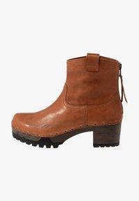 Softclox - INKEN - Platform ankle boots - cognac - 1