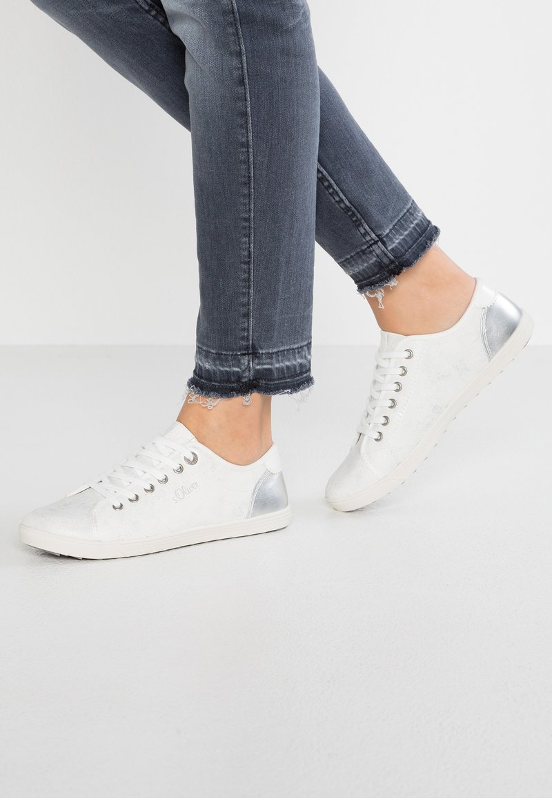 s.Oliver - Sneaker low - white/silver