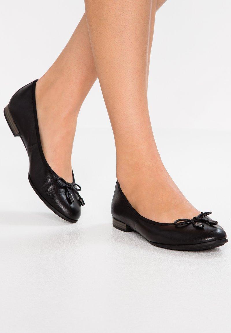s.Oliver BLACK LABEL - Ballet pumps - black