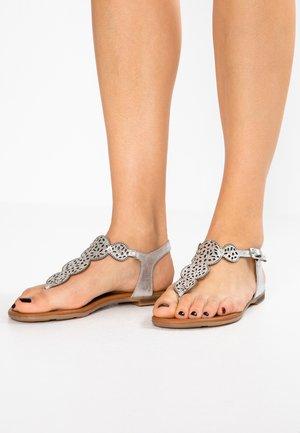 Sandaler m/ tåsplit - silver