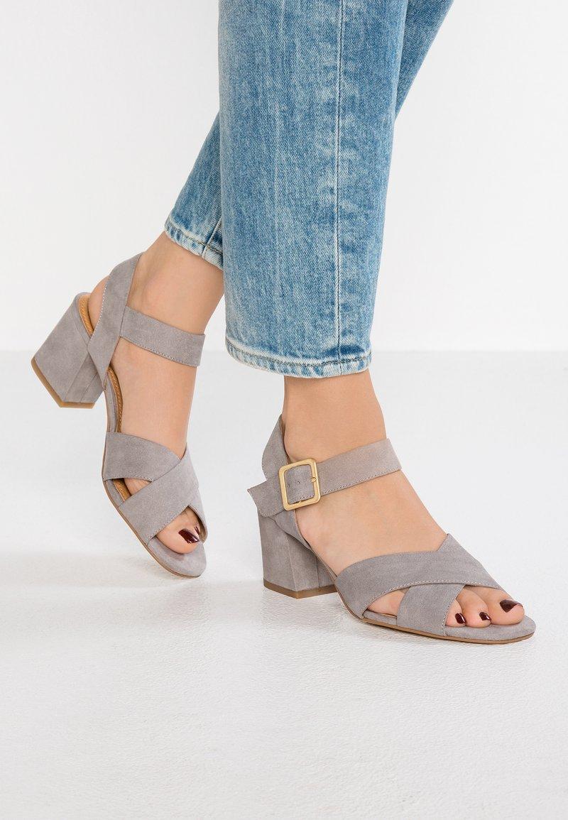s.Oliver - Sandals - light grey