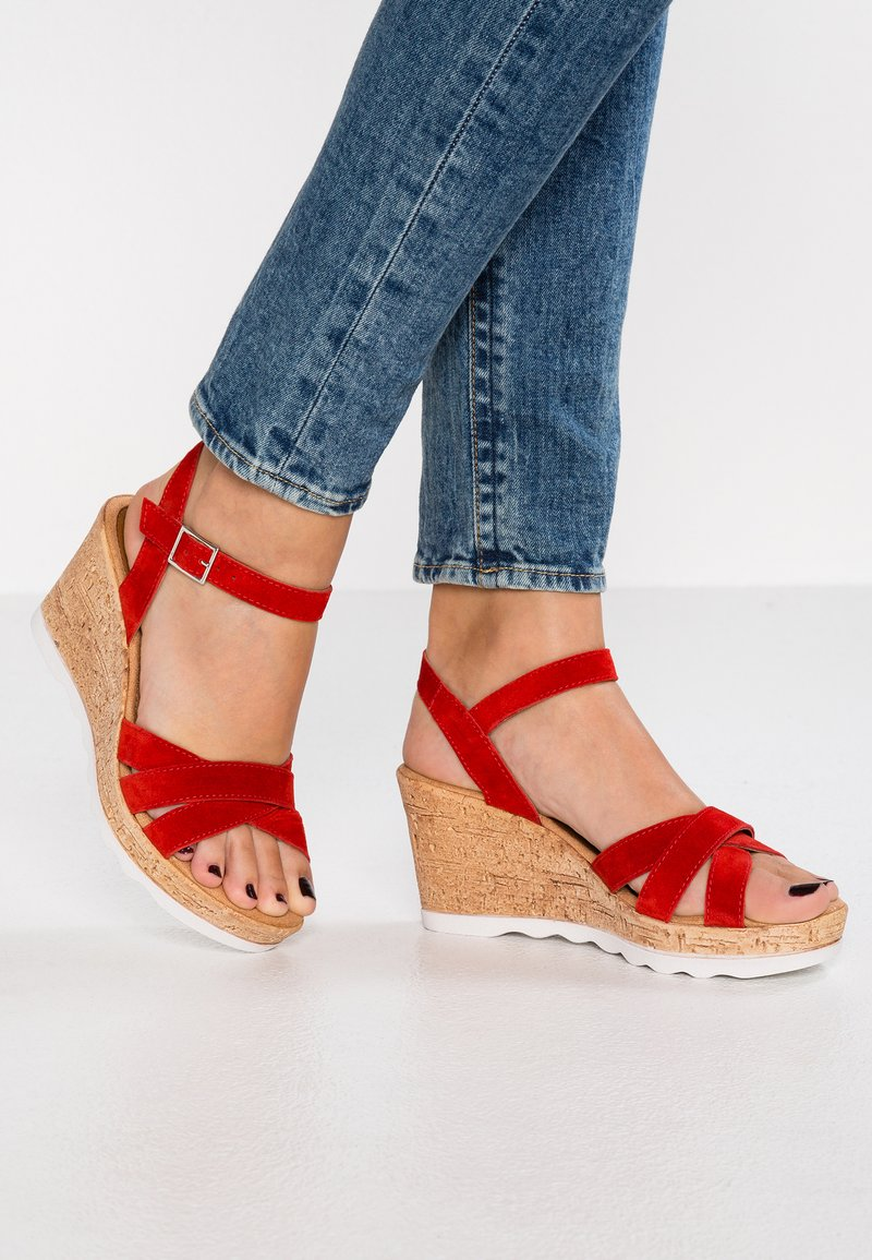 s.Oliver - Platform sandals - lipstick