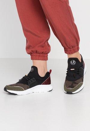 Zapatillas - khaki