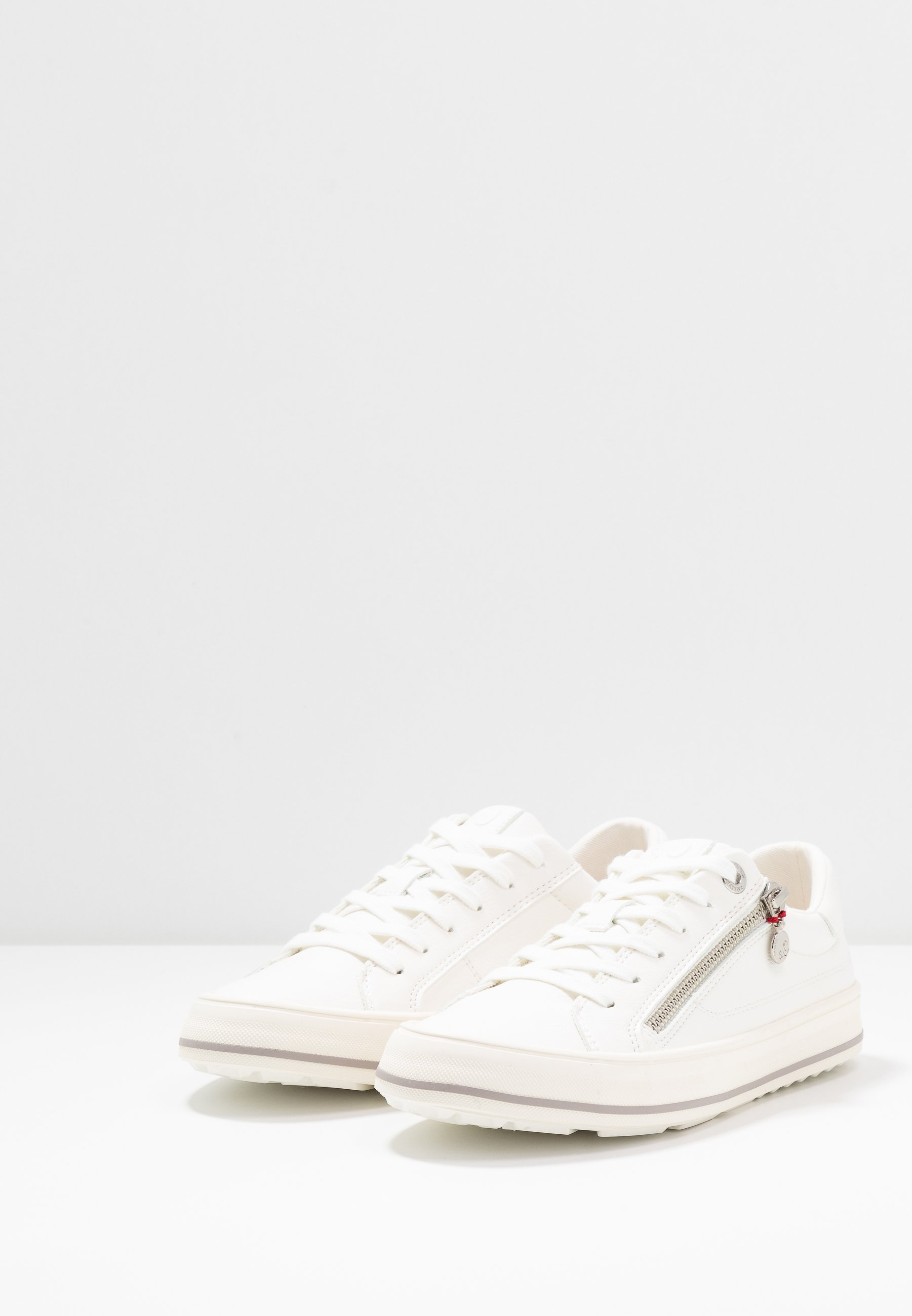 s.Oliver Sneakers - white