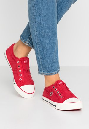 Slippers - red